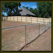 Chain link for economical enclosure